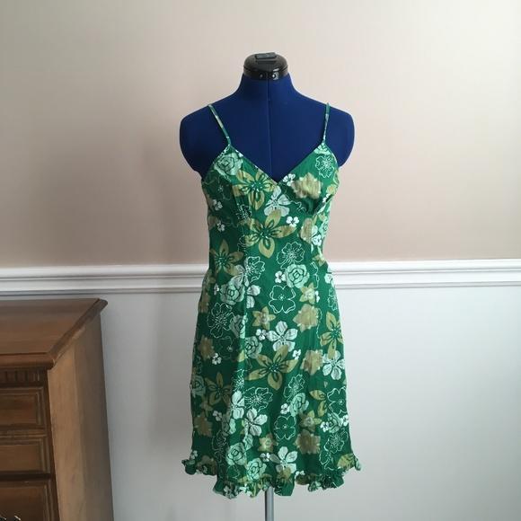 clockhouse Dresses & Skirts - clockhouse womens 4 hawaiian printed dress green